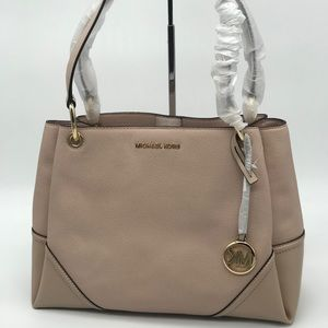 Michael Kors Nicole Large Shoulder Bag